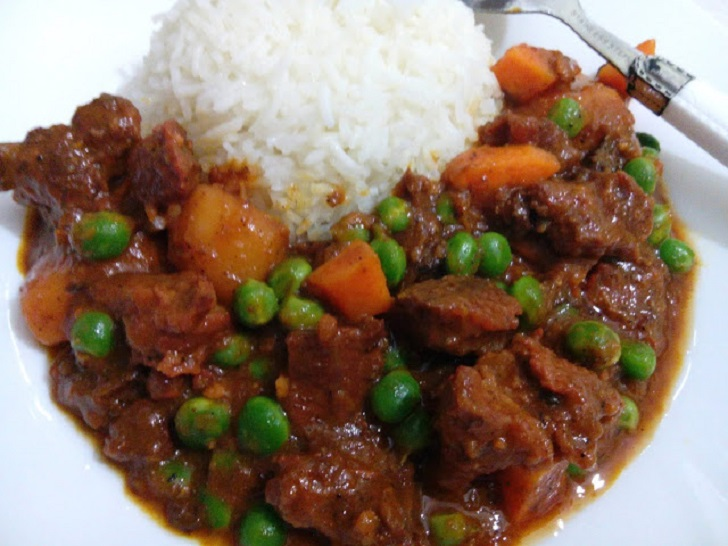 Coconut-rice and beef stew