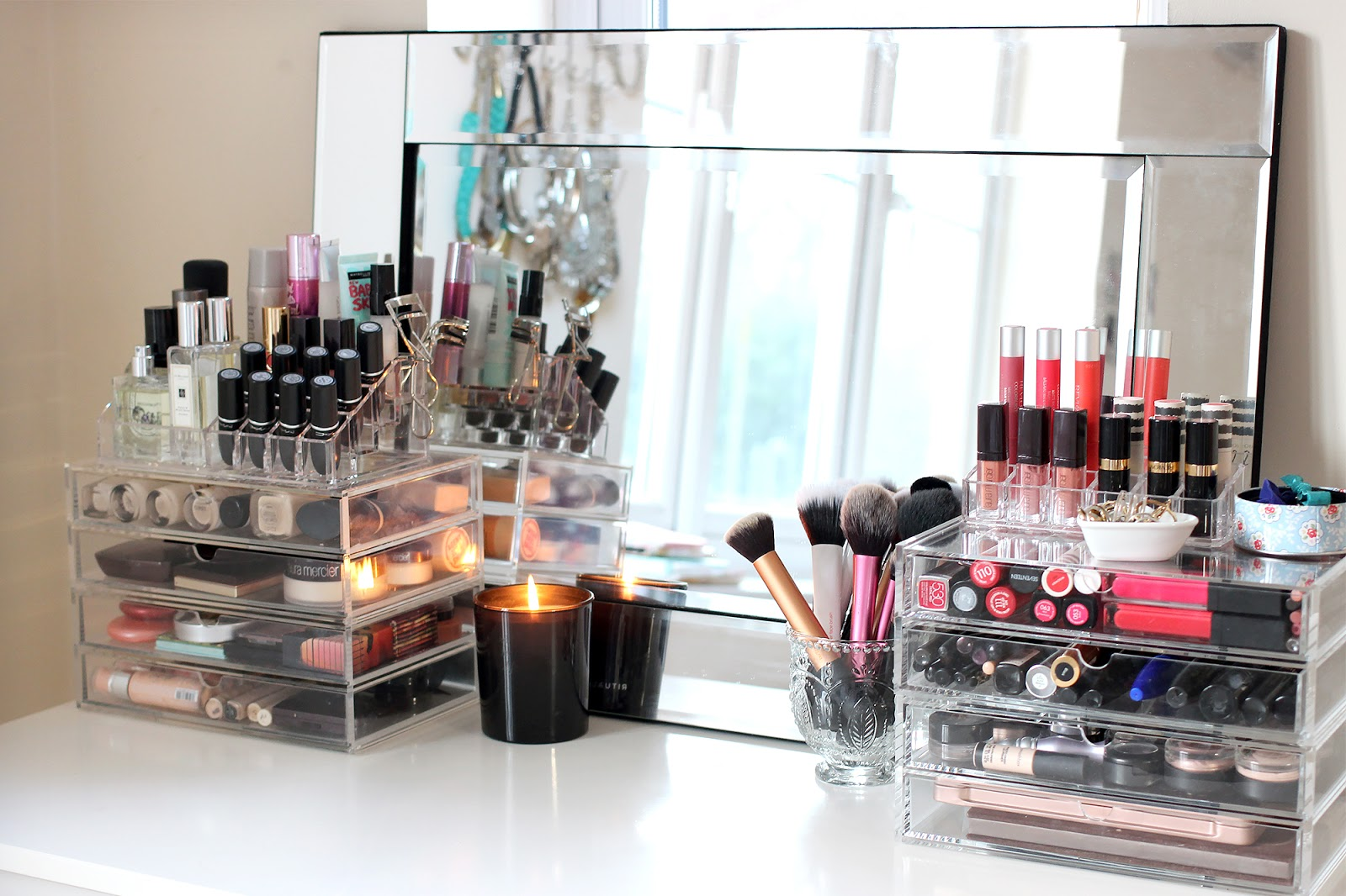 Aufbewahrung Schminke Make Up Collection And Storage Muji Drawer Tour I Covet Thee