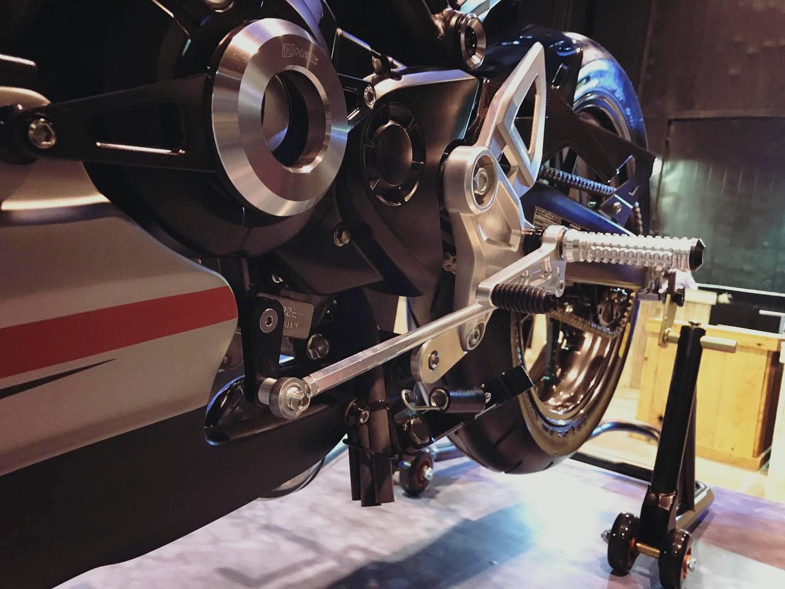 Mega gallery modifikasi Honda CB150R Exmotion Thailand - Sobatmotor.com