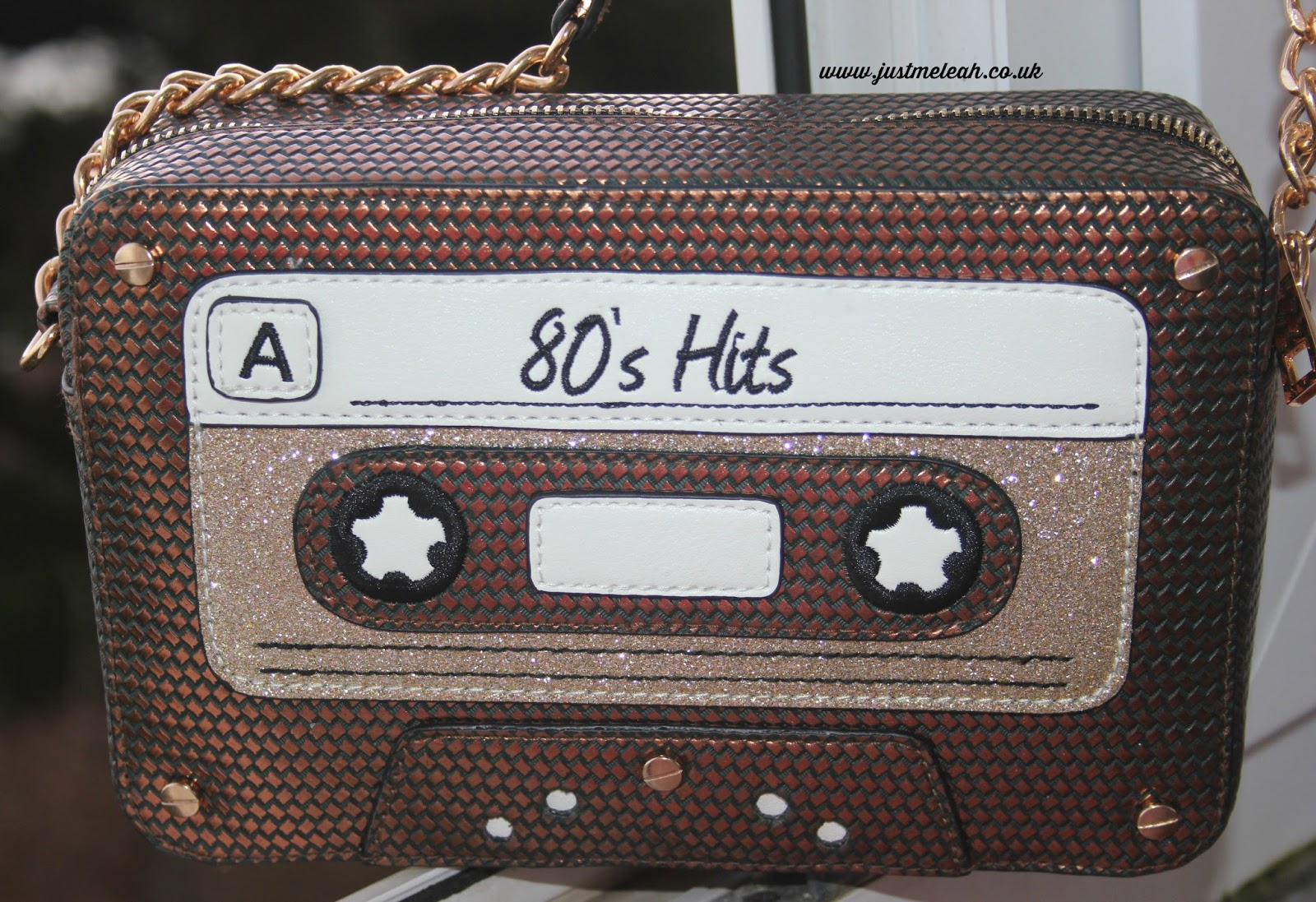 ACCESSORIZE 80S HITS HANDBAG REVIEW