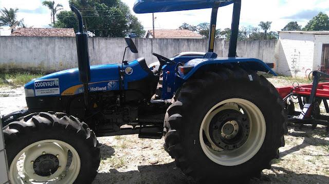 Agricultores de Igreja Nova e de Monteirópolis passam a contar com patrulha mecanizada para arar a terra