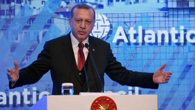 """Erdogan amenaza con decir """"adiós"""" a la Unión Europea"""