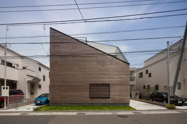 Kamakura House by LEVEL Architects