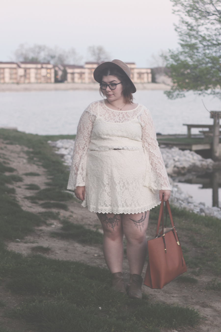 spring outfit, lace dress