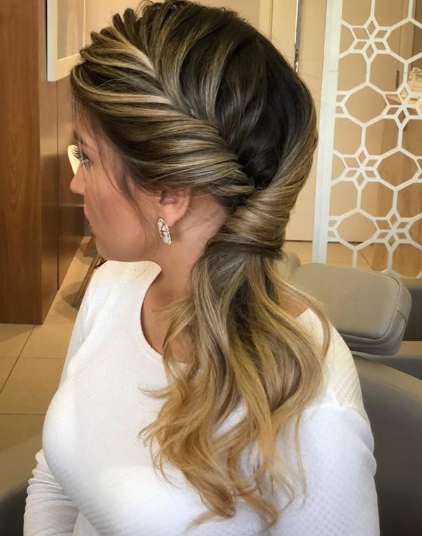 penteado de festa lateral