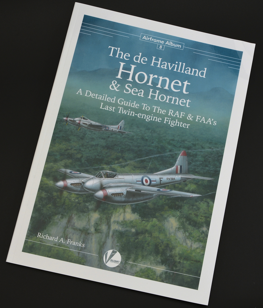 The Modelling News: Read n' Reviewed: The de Havilland