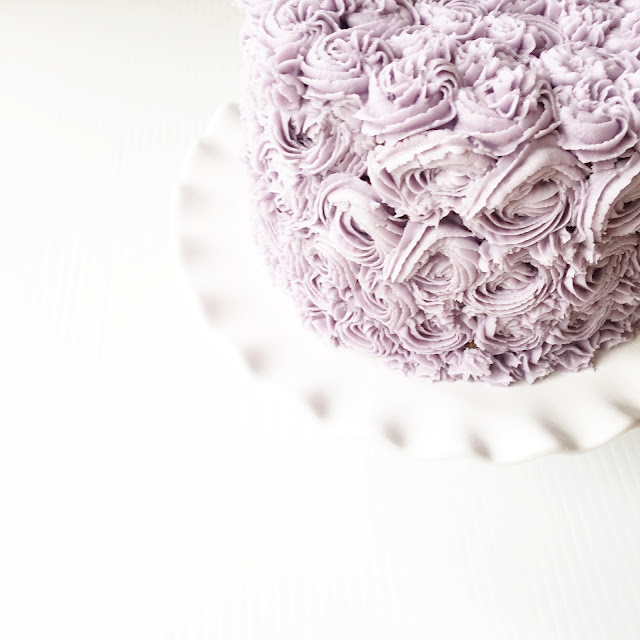 lavender frosting essential oil