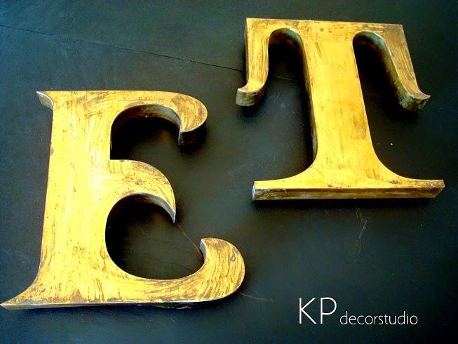 Comprar letras antiguas decorativas. Tipografía vintage online