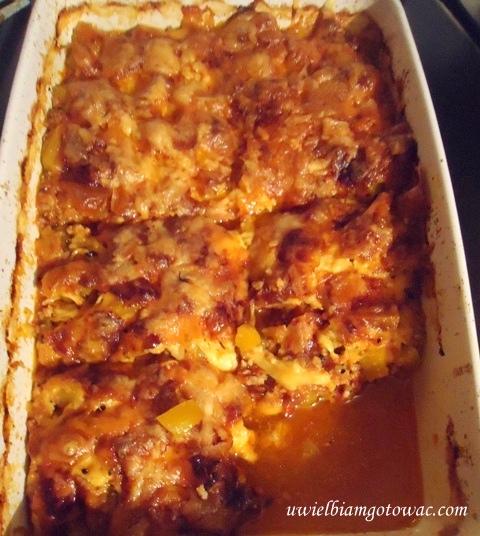 Zapiekanka z dyni, mięsa mielonego i sera