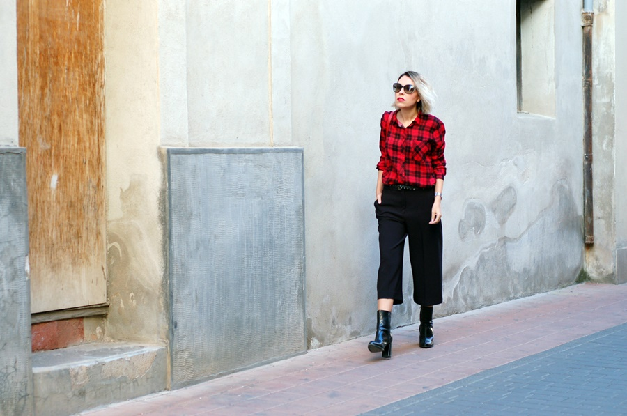 plaid shirt and culottes, biker street style littledreamsbyr