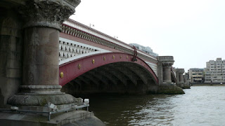 Roberto Calvi was found hanging from Blackfriars Bridge in 1982