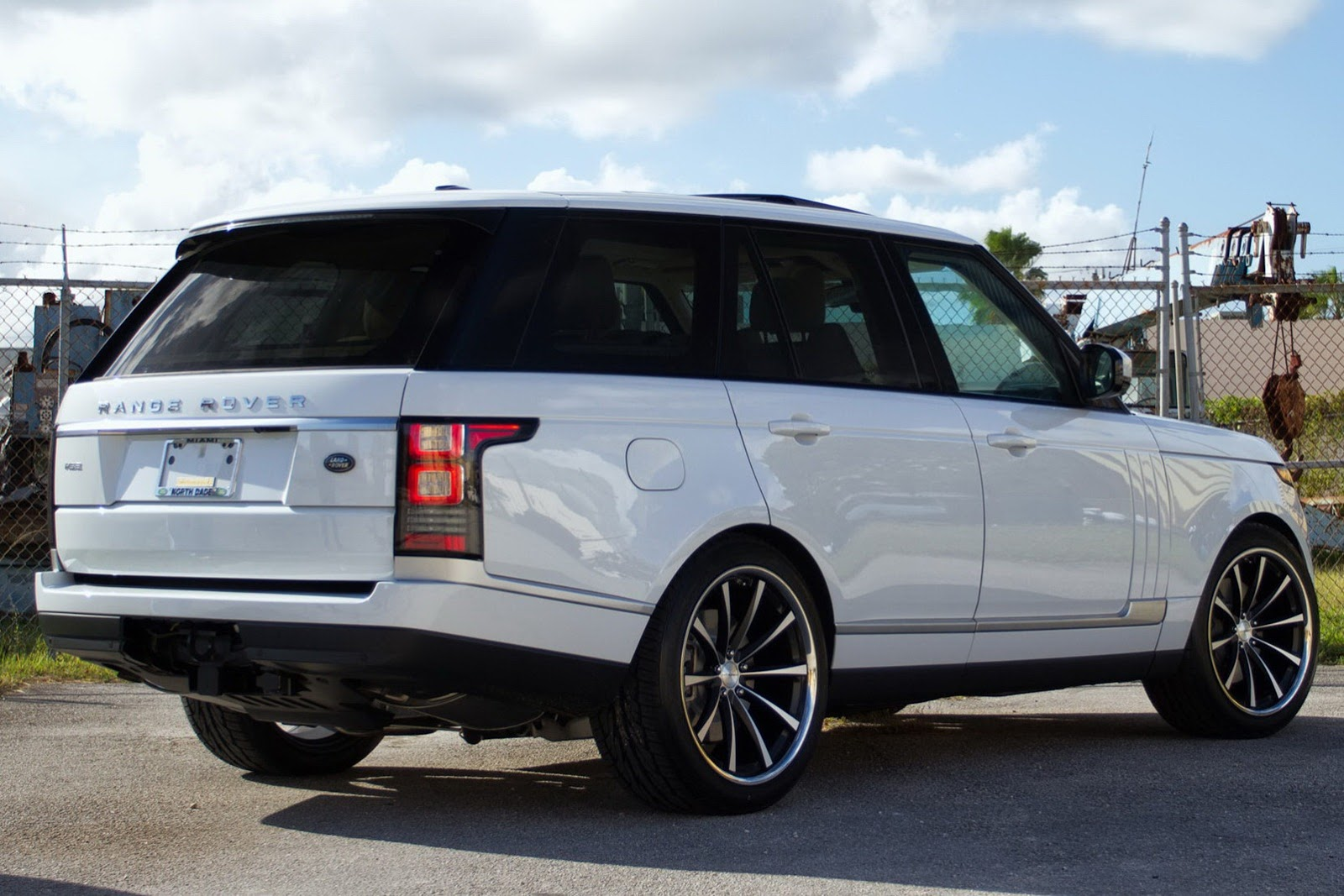 all tuning cars nz 2013 range rover hse by vossen concave. Black Bedroom Furniture Sets. Home Design Ideas