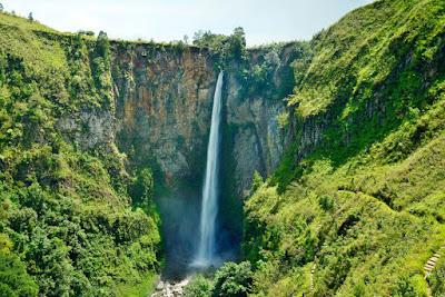 tempat wisata hits Air Terjun Sigura – Gura