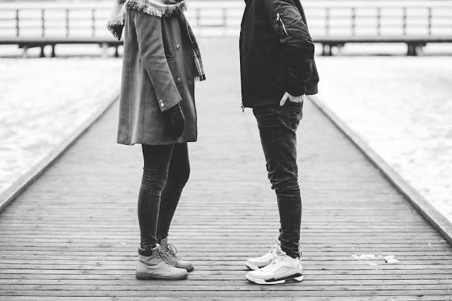 amoureux, couple, pont, noir et blanc, rencontre, première fois