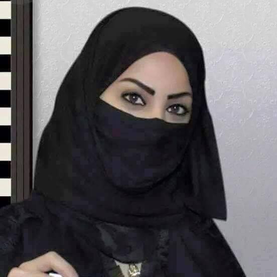 اسمي إبتسام كويتية الاصل انسانة جادة عمري 23 سنه عزباء ابحث عن شريك العمر