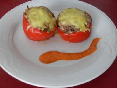 Pimientos rellenos de carne y verdura (Sin Lactosa).
