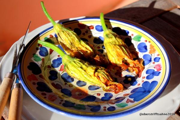 Gefüllte Zucchini Blüten