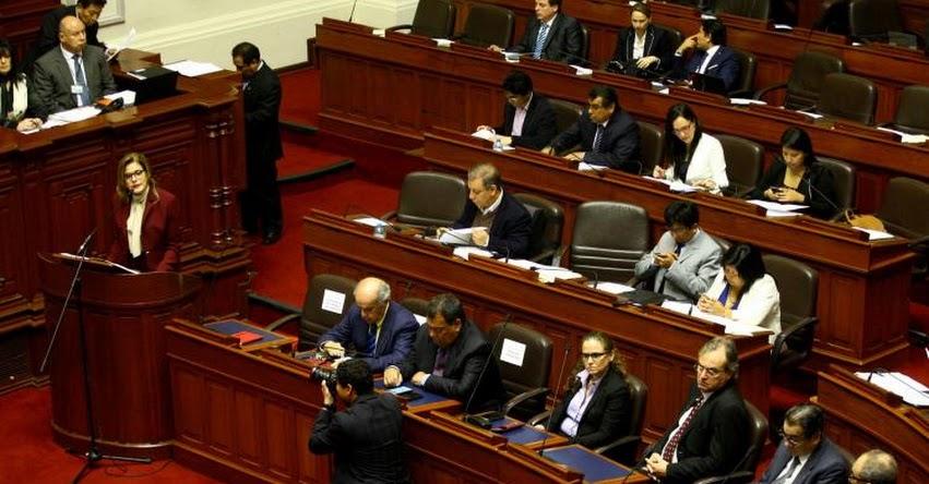 Mercedes Aráoz inició su discurso en el Congreso de la República con un minuto de silencio por efectivos caídos en el Vraem