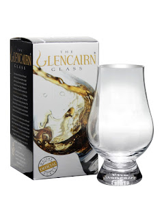 Glencairn whisky glass - best gifts for whisky lovers