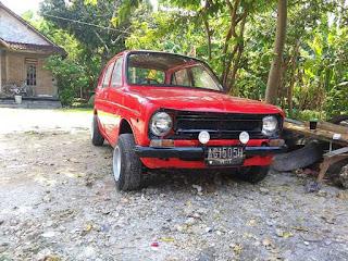 Mobil Mungil Antik Honda Life 1974