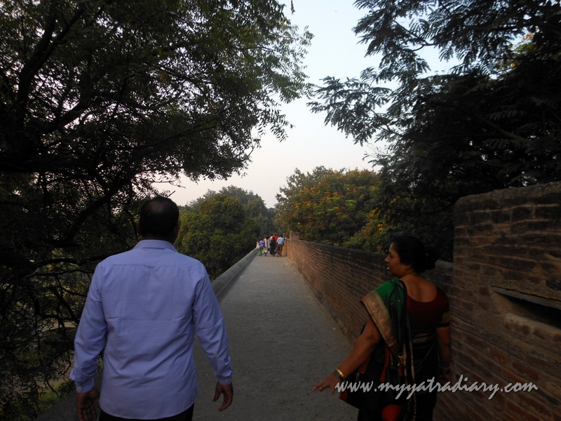 Walkway along the perimeter at Shaniwar wada fort, Pune