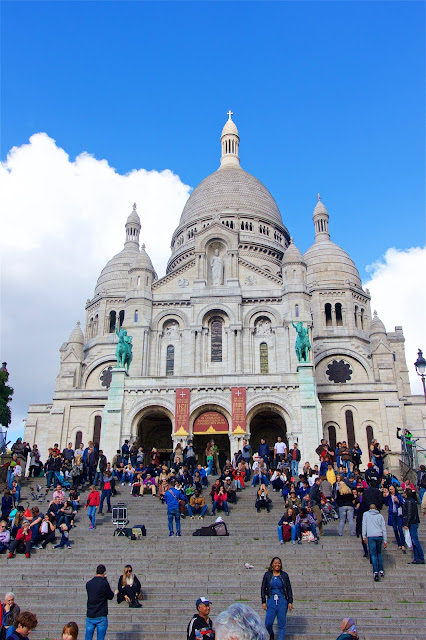 Sacre-Coeur in Montmartre - Paris, France