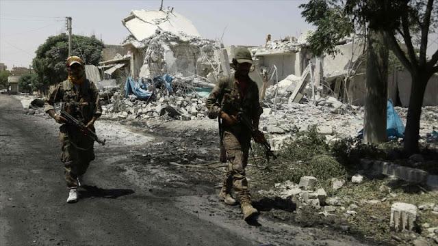 Fuerzas apoyadas por EEUU dan libre paso a los terroristas de Daesh