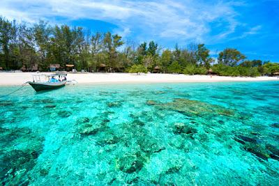 Pantai Gili Meno, Terindah di Indonesia