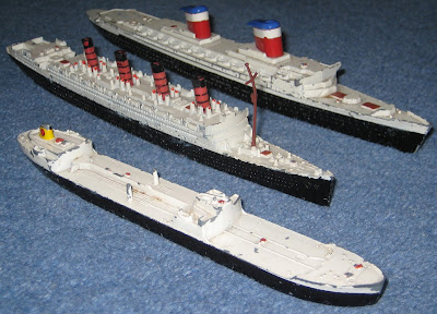 Triang scale models: SS United States, RMS Aquitania, SS Varicella