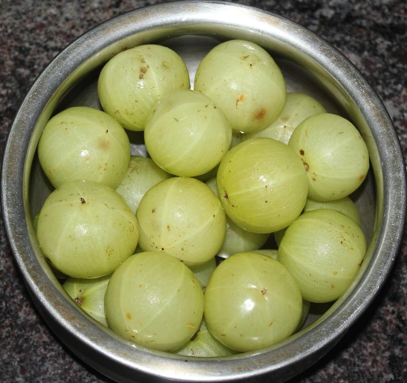Ruchi Ruchi Aduge: Nellikayi Uppinakayi / Gooseberry Pickle