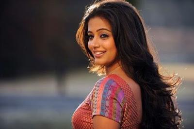 Tamil actress priyamani pics