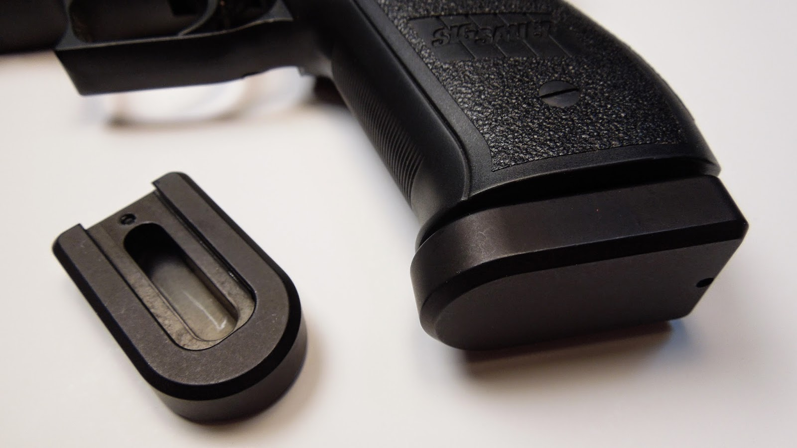 NicTaylor's R&R (Review & Recommendations): Sig Sauer