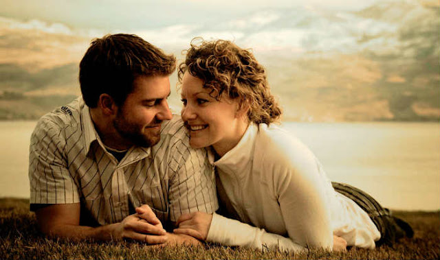 4 Habits Of The Happiest Dating Couples