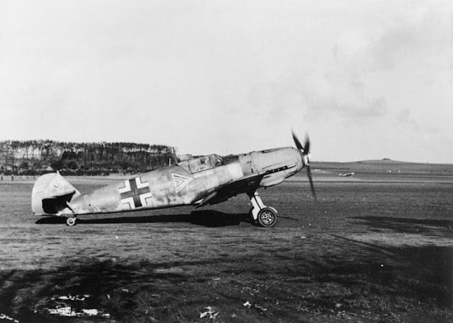 4 August 1940 worldwartwo.filminspector.com Bf 109E-4