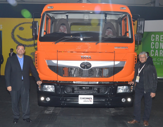Cyrus Mistry at Auto Expo 2016 launching Tata Motors SIGNA range of commercial vehicles