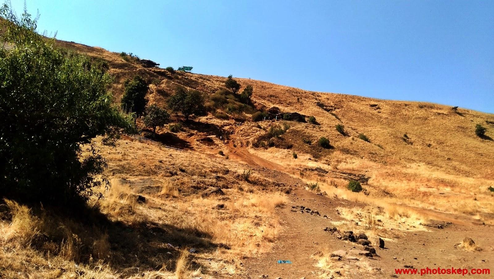 brahmagiri-parvat-trimbakeshwar-Nashik-mountain-hills-photo-pictures-wallpaper-brahmagiri-hills