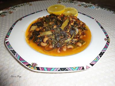 Ομορφο πιάτο με ωραίο φαγητό,σεσκουλα με φασόλια μαυρομάτικα