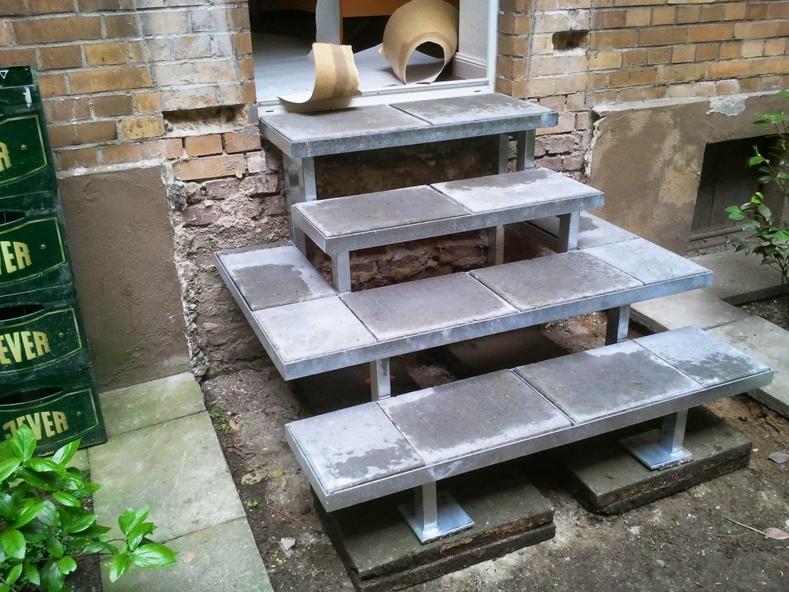 treppe mit gehwegplatten als belag fr bel metallbau. Black Bedroom Furniture Sets. Home Design Ideas