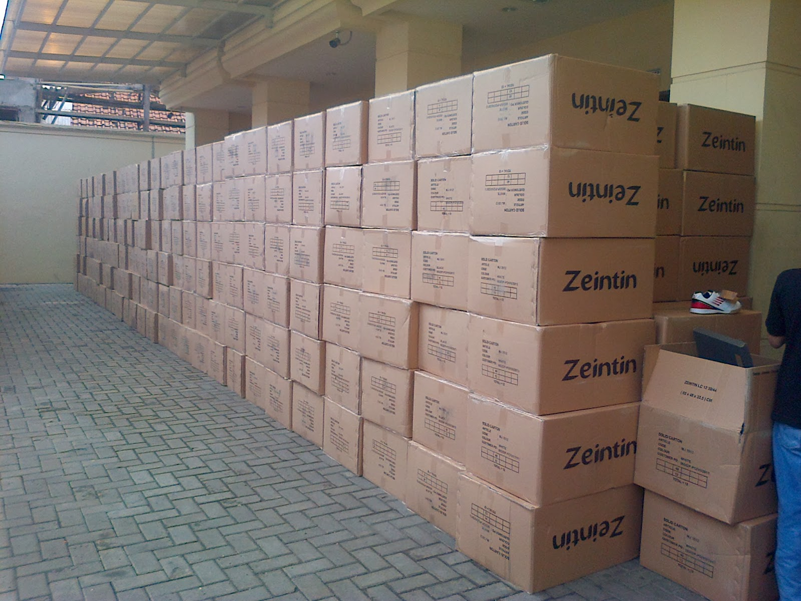 Distributor Sepatu Cibaduyut Bandung | Discount 40%