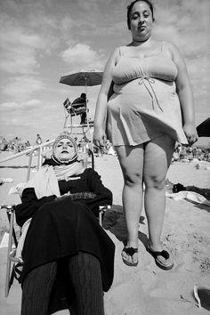 foto antigua mujeres muy gordas en la playa