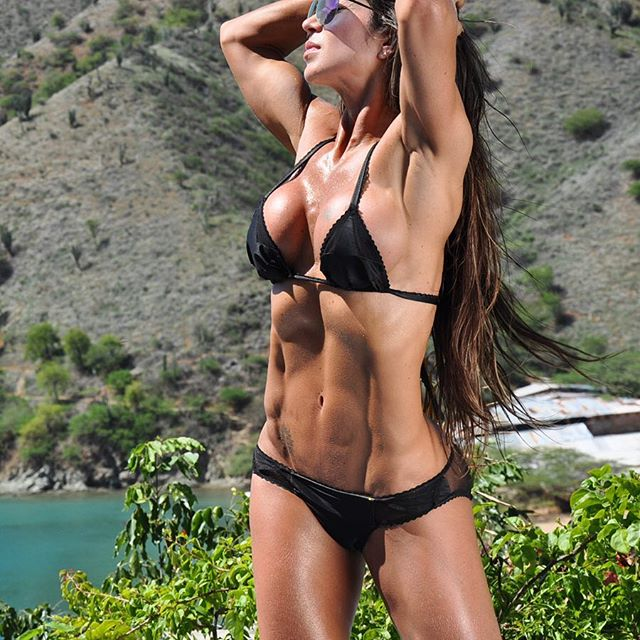 Fitness Model Marcela Rivas 2