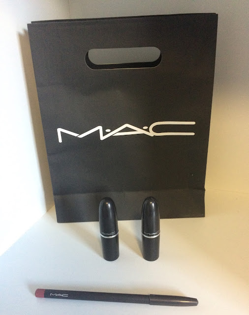 The Perfect Match: MAC Lip Pencil and Lipsticks