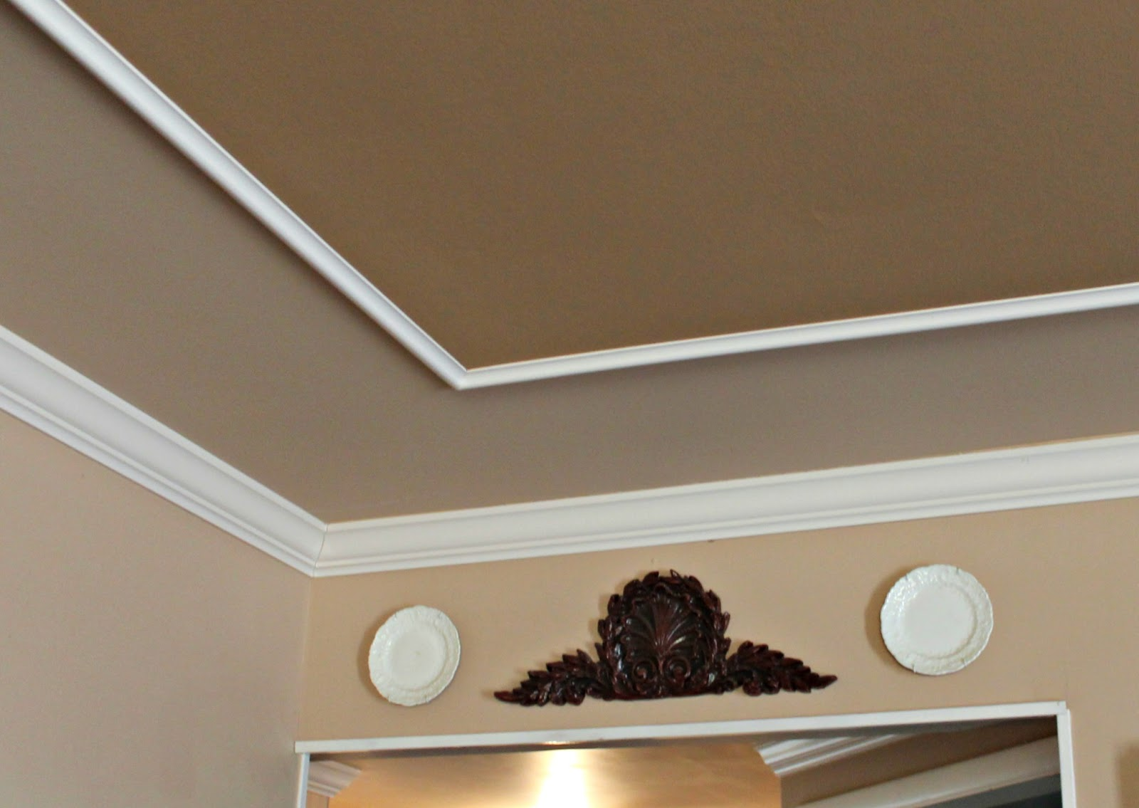 20 North Ora: Molding and Script Trim