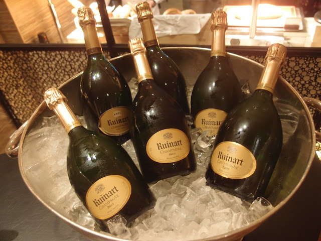 "Ruinart ""R"" de Brut Champagne"