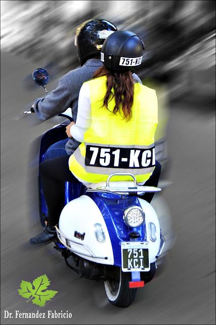 Modificaciones Ley de transito: Motociclistas con número de patente en casco y chaleco, obligatorio.
