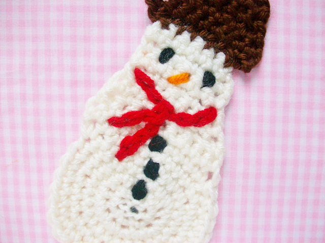 Crocheted Starbucks Snowman Cookie