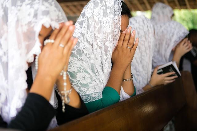 Santo Terço: Oração repetitiva Biblicamente e Cientificamente