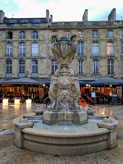 3 days in Bordeaux in October: fountains