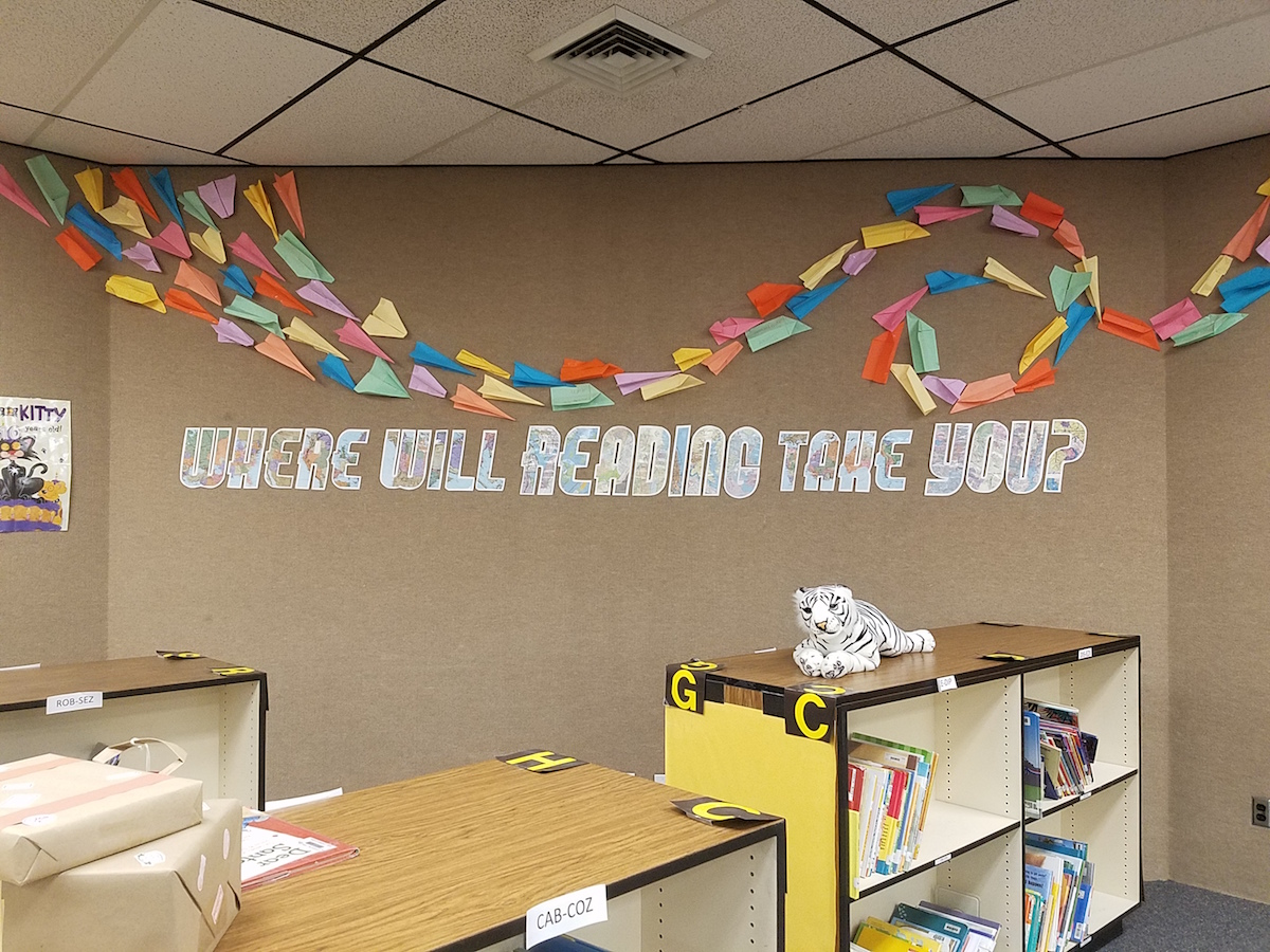 Literary Hoots: School Library Decor: Where Will Reading ...