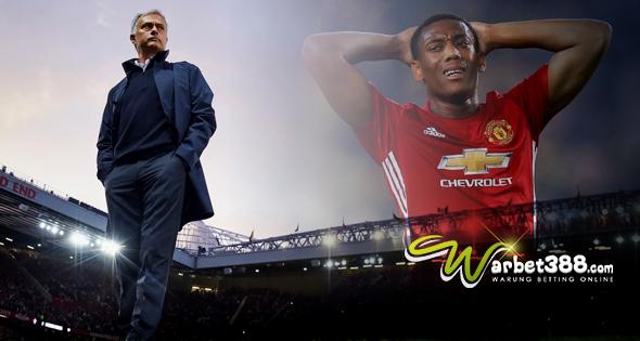 Agen Togel Online Terlengkap - Mourinho : Ingin Bermain, Martial ? Contohlah Mkhitaryan